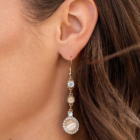 Epic Elegance Champagne Earrings